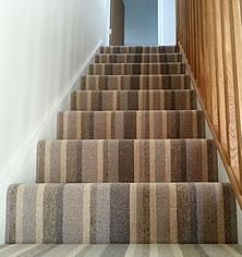 stripey-stair-carpet